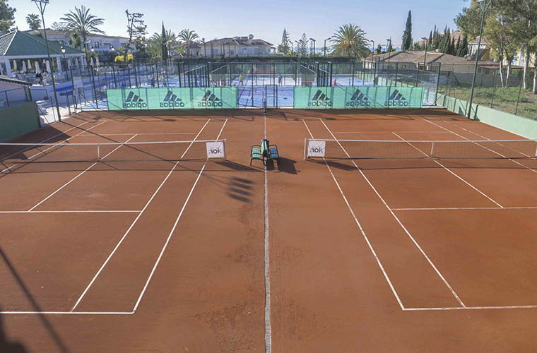 Los Monteros Racket Club - Tennis courts