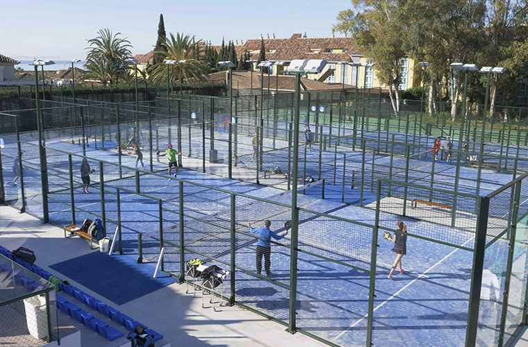Los Monteos Racket Club - padel courts